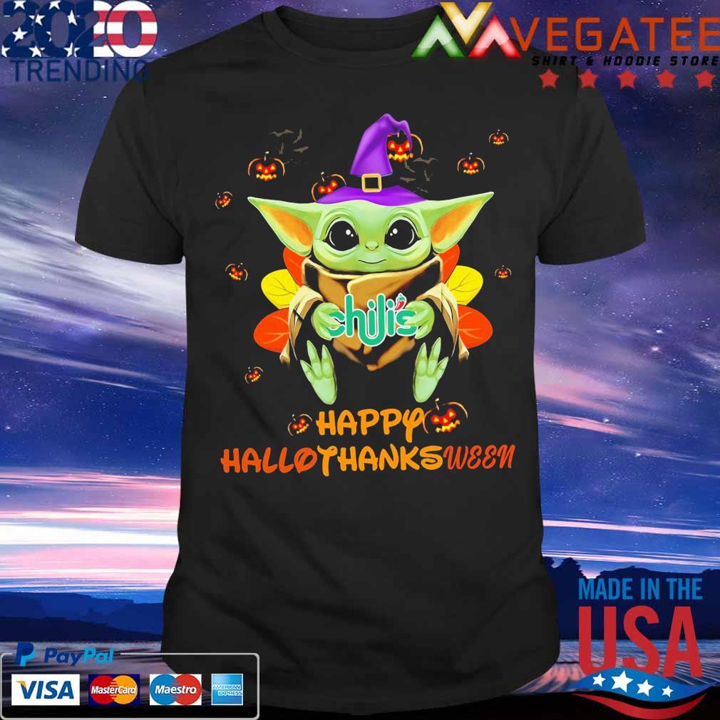 Baby Yoda hug Chili's Hallothanksmas shirt