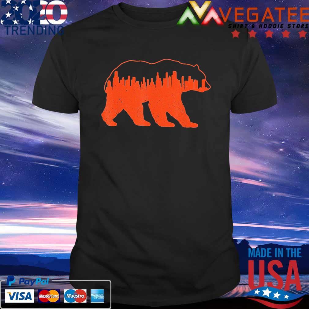 Vintage Downtown Chicago City Skyline Walking-Bear Novelty T-Shirt